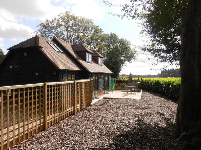 2 Bed Barn In Andover 317737 Maples Barn Detached