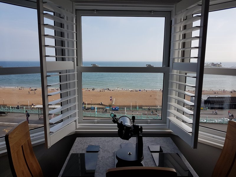 2 bed Apartment in Brighton - 9473530 - Panoramic Sea ...