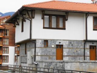 Largest end Chalet - 2 storey, unique to Bansko - video on you tube