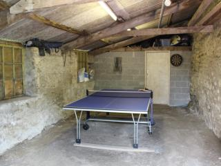 Barn - Wet Play facility with Table Tennis & Darts