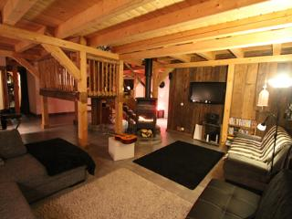 Lounge, Chalet Pomet, a large Chalet in Morillon, The Grand Massif, Catered or Self Catered