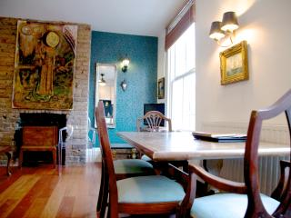 The open plan dining area