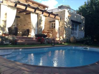 Private swimming pool of Villa Rhapsody