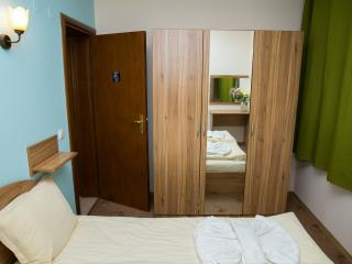Second bedroom with wardrobe