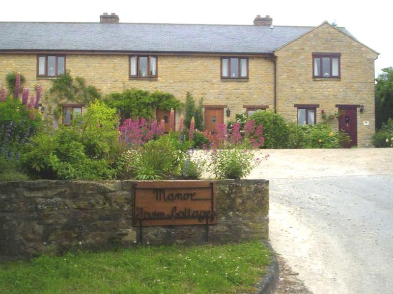 manor farm stretton on fosse