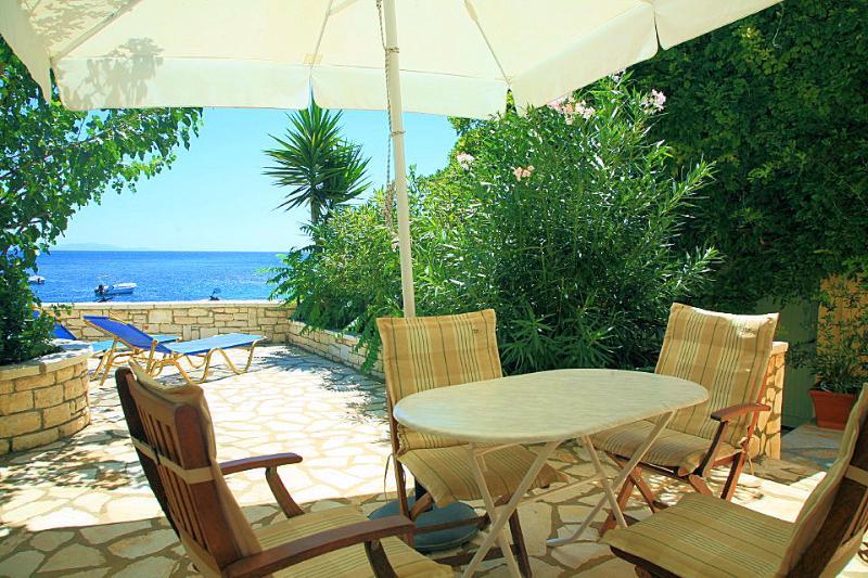 Квартира у моря в греции
