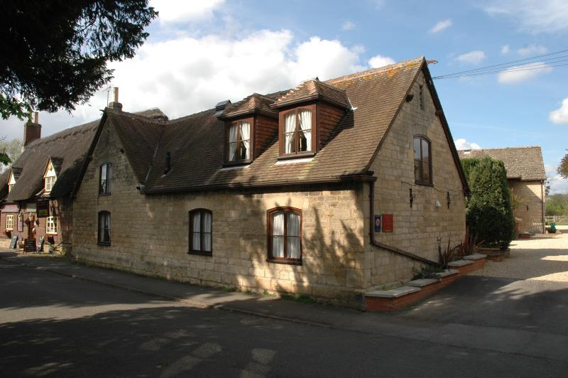Church Court Cottages