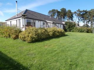 Groovy Cottages In Tayside Perthshire And Self Catering Download Free Architecture Designs Remcamadebymaigaardcom