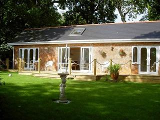 Awe Inspiring Cottages In Isle Of Wight And Self Catering Accommodation Beutiful Home Inspiration Ommitmahrainfo