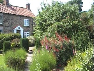 houses in ampleforth and cottages from 67 holiday rentals rh holidaylettings co uk