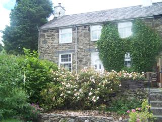 fe4134b679 Cottages in Wales and Log cabins from £10 – Holiday Rentals Wales ...