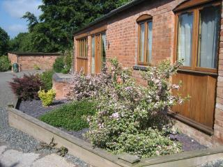 cottages in kenilworth and apartments from 80 holiday rentals rh holidaylettings co uk