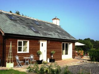 large holiday cottages to rent with hot tubs and private pools rh holidaylettings co uk