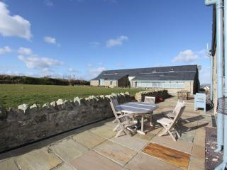 houses in llanfaethlu and cottages from 74 holiday rentals rh holidaylettings co uk