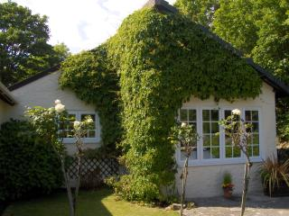 Terrific Cottages In Cornwall And Self Catering Accommodation From Beutiful Home Inspiration Xortanetmahrainfo