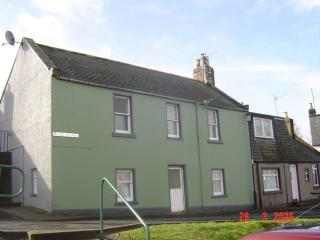 self catering accommodation in montrose and cottages from 46 rh holidaylettings co uk