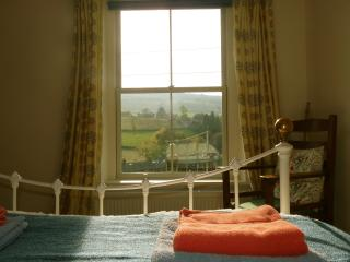houses in hayfield and cottages from 35 holiday rentals hayfield rh holidaylettings co uk