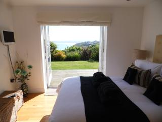 Cool Cottages In St Ives And Apartments From 19 Holiday Home Interior And Landscaping Ologienasavecom