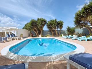 Villas In Ibiza And Apartments From 24 Holiday Rentals Ibiza Holiday Lettings