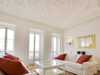 The 10 Best Apartments In Lisbon And Villas From 10 Holiday Rentals Lisbon Holiday Lettings