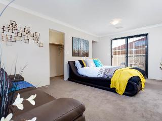 Apartments In Perth And Houses From 38 Holiday Rentals Perth