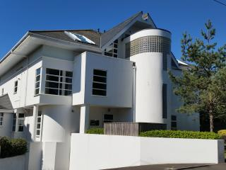 Cottages in Bournemouth and Apartments from £26 - Holiday