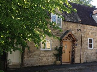 cottages in winchcombe and houses from 60 holiday rentals rh holidaylettings co uk