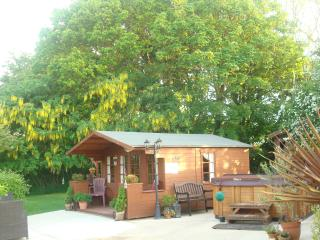 Cottages in Yorkshire and Log cabins from £11 – Holiday