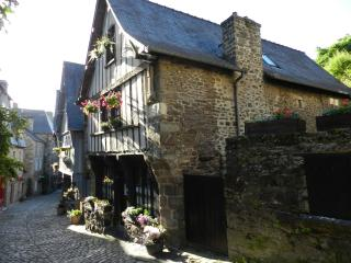 Pleasing Cottages In Brittany And Gites From 10 Holiday Rentals Download Free Architecture Designs Terstmadebymaigaardcom