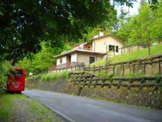 apartments in pontremoli and houses from 44 holiday rentals rh holidaylettings co uk