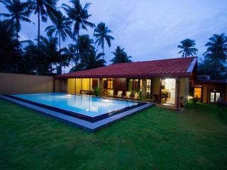Villas in Sri Lanka and Houses from £10 - Holiday Rentals Sri Lanka