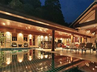 villas in phuket and apartments from 10 holiday rentals phuket rh holidaylettings co uk