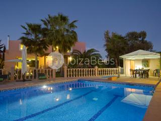 Villas in Ibiza and Apartments from £28 - Holiday Rentals