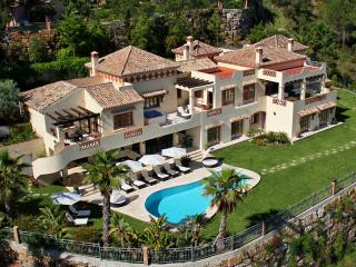 Villas In Marbella And Apartments From 36 Holiday Rentals