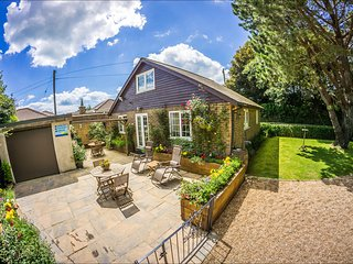 Phenomenal Cottages With Hot Tubs In Uk By Holiday Lettings Download Free Architecture Designs Grimeyleaguecom
