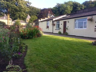 houses in wormhill and bungalows from 62 holiday rentals wormhill rh holidaylettings co uk