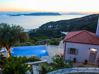 houses in glossa and villas from 40 holiday rentals glossa rh holidaylettings co uk