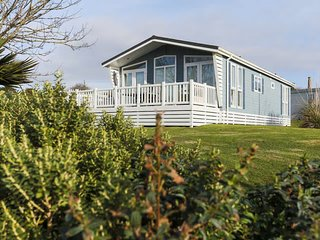 cottages in praa sands and holiday homes from 36 holiday rentals rh holidaylettings co uk