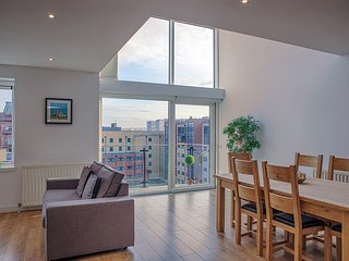 Apartments in Glasgow and Flats from £34 - Holiday Rentals ...