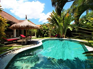 villas in seminyak north and guest houses from 18 holiday rentals rh holidaylettings co uk