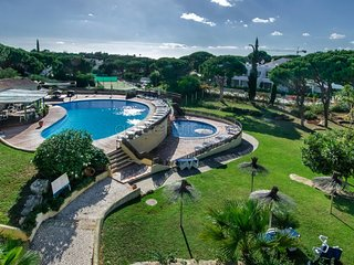 Villas in Jardins do Golfe and Apartments from £82 - Holiday Rentals ...