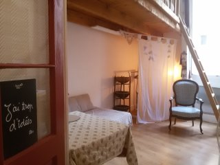 apartments in avignon historic city centre and studios from 35 rh holidaylettings co uk