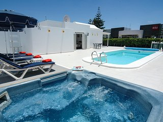 Apartments In Puerto Del Carmen And Villas From 12 Holiday