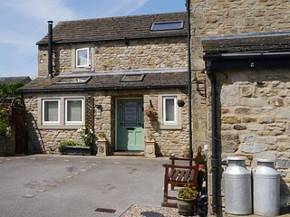 Awe Inspiring Cottages In Skipton And Self Catering Accommodation From 45 Download Free Architecture Designs Crovemadebymaigaardcom