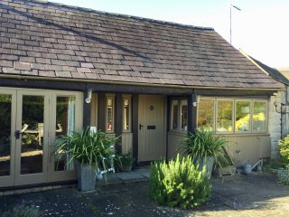 cottages in stratford upon avon and guest houses from 34 holiday rh holidaylettings co uk