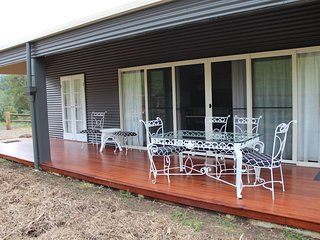 Outstanding Log Cabins In Australia Find Luxury Hot Tub Cabins Best Image Libraries Barepthycampuscom