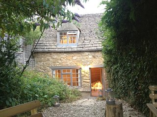 cottages in moreton in marsh and holiday rentals from 63 holiday rh holidaylettings co uk