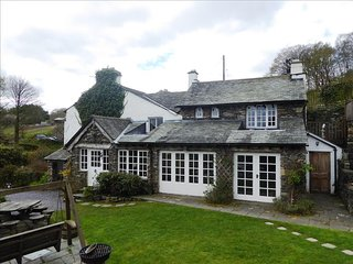 houses in bowland bridge and cottages from 95 holiday rentals rh holidaylettings co uk