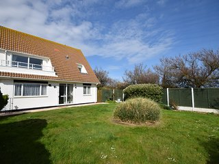 holiday rentals in selsey and cottages from 44 holiday rentals rh holidaylettings co uk