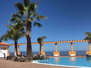 Villas in Spain and Apartments from £10 – Holiday Rentals Spain